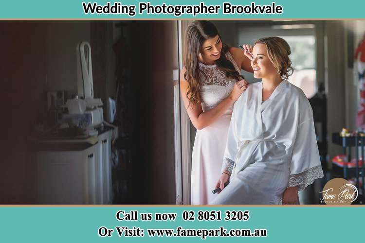 Photo of the Bride getting make up Brookvale NSW 2100
