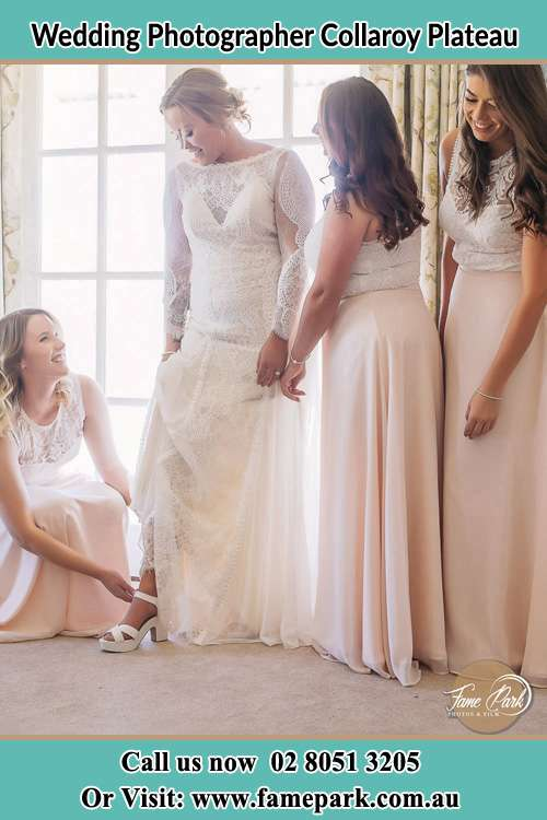 Photo of the Bride and the bridesmaids preparing for the wedding Collaroy Plateau NSW 2097