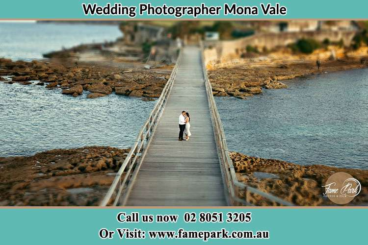 Photo of the Groom and the Bride at the Bridge Mona Vale NSW 2103