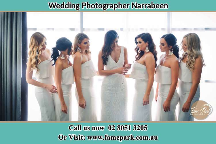 Photo of the Bride and the bridesmaids Narrabeen NSW 2101
