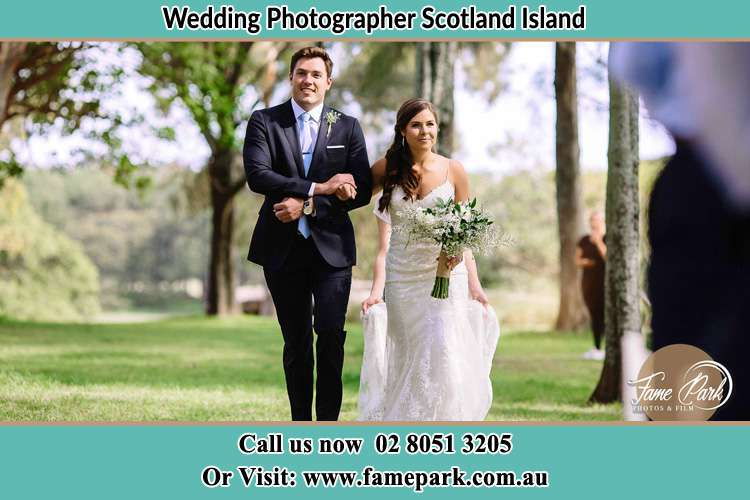Photo of the Groom and the Bride walking Scotland Island NSW 2105